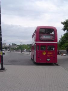 カナダの2階建てバス